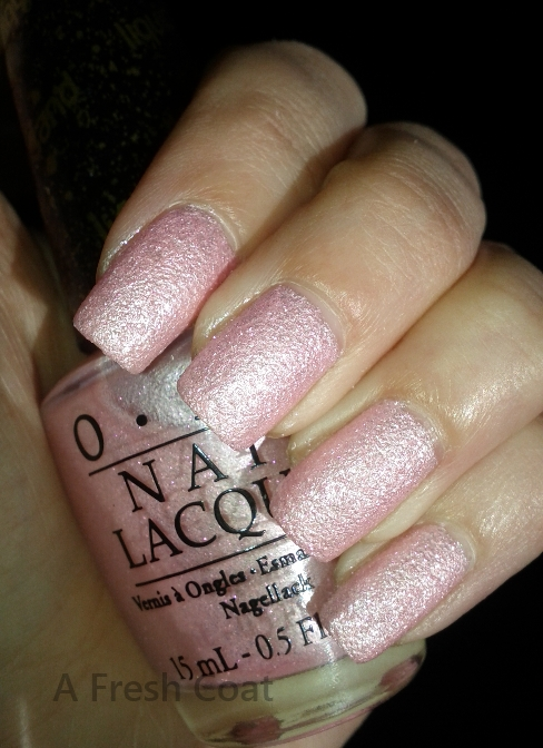 OPI - Pussy Galore 3
